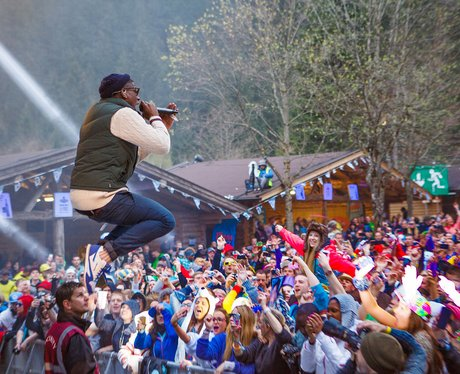 Labrinth performs live