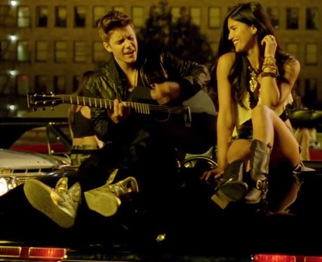 Justin Bieber-' Boyfriend'
