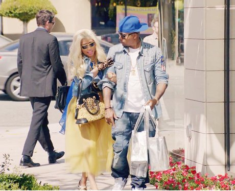 Nicki Minaj Feat. Chris Brown – 'Right By My Side'
