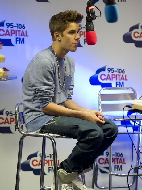 Justin Bieber backstage at the Summertime Ball 201