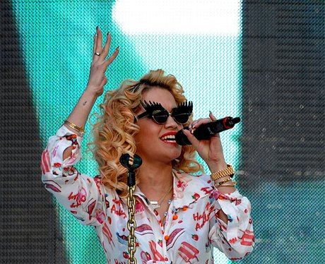 Rota Ora live at the Summertime Ball 2012