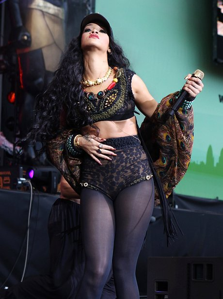 Rhianna Performs At The Wireless Festival