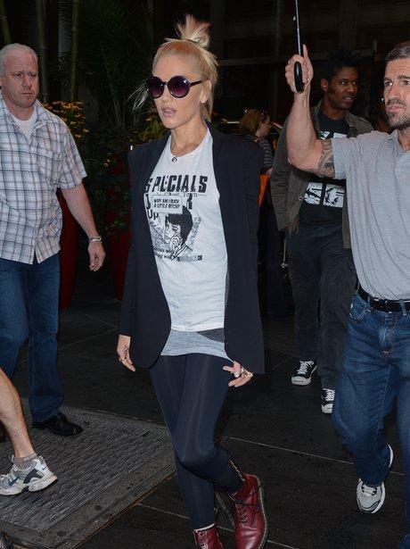 Gwen Stefani outside Manhattan hotel