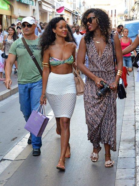 Rihanna shopping in Saint-Tropez