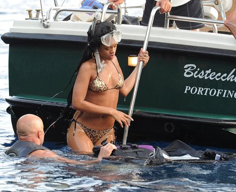 Rihanna goes snorkelling on holiday.