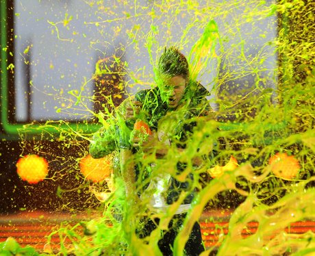 Justin Bieber gets covered in green slime