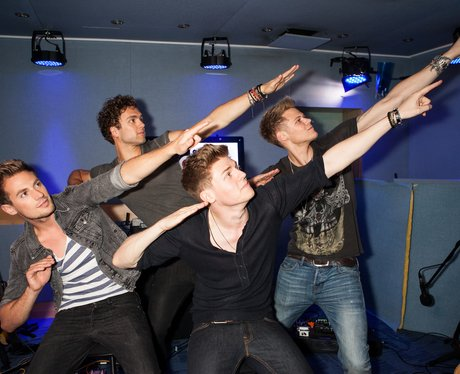 Lawson doing an impression of Usain Bolt.