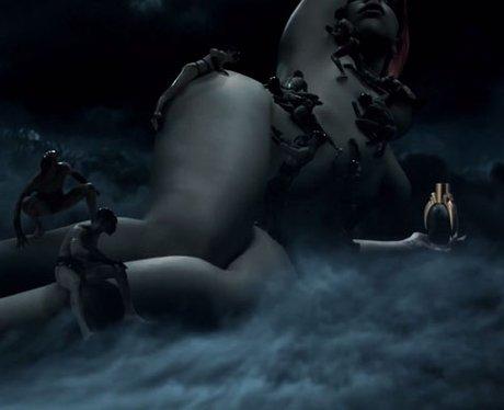 Lady Gaga naked in Fame advert