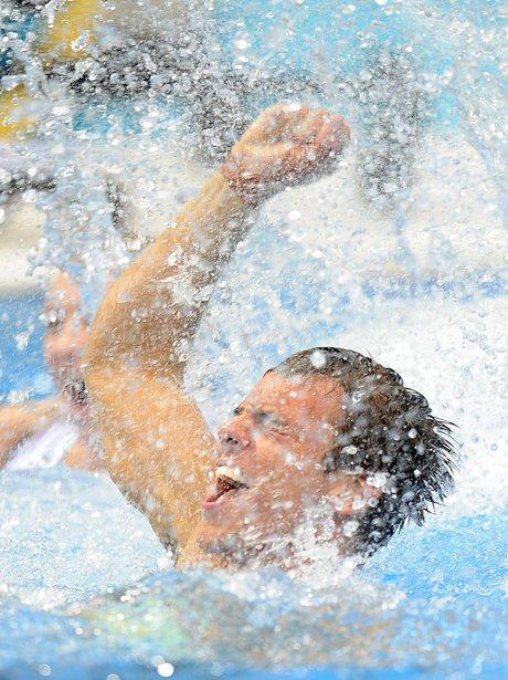 Tom Daley in swimming pool