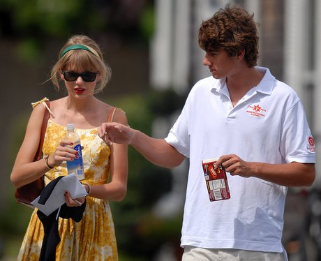 Taylor Swift and her boyfriend