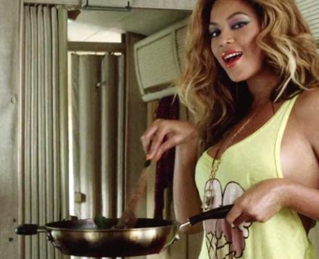 Beyonce Cooking