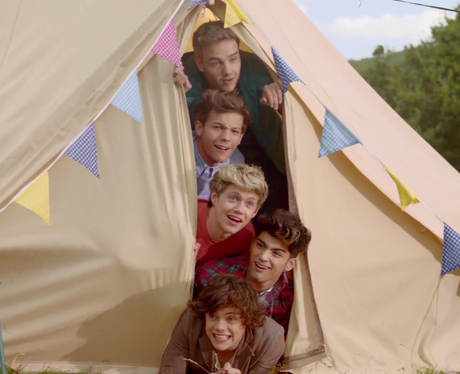 One Direction 'Live While We're Young' film still