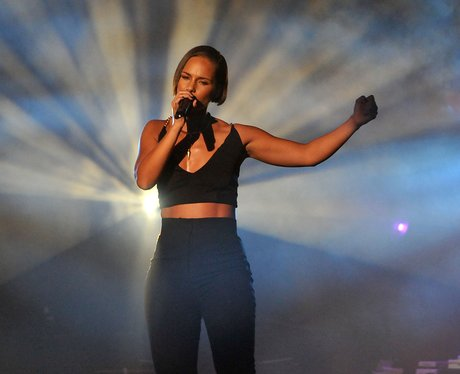 Alicia Keys performs live at iTunes Festival 2012.
