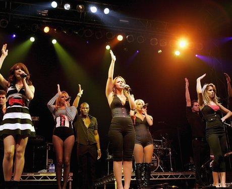 Gilrs Aloud perform on tour