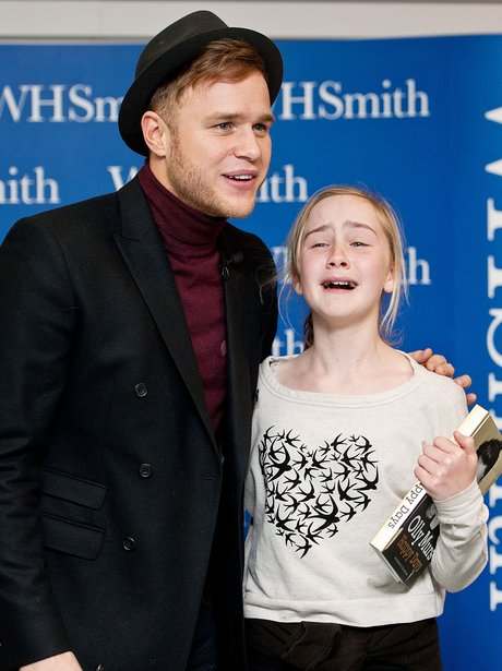 Olly Murs at his autobiography signing.