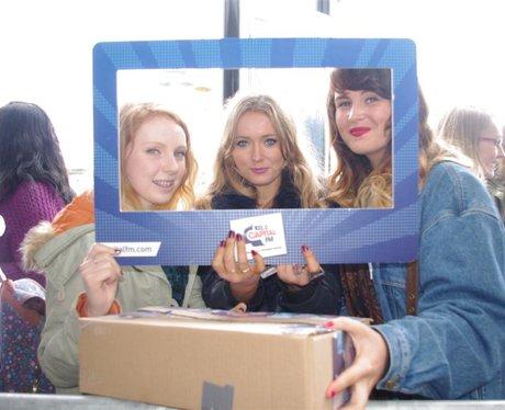 Lawson Signing at HMV