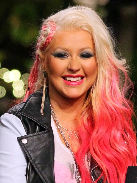 Christina Aguilera on US show Extra