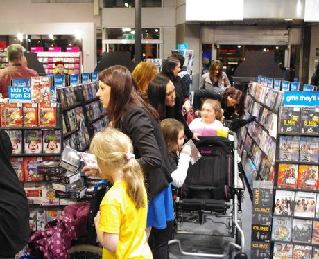 JLS Signing at HMV - The Fort