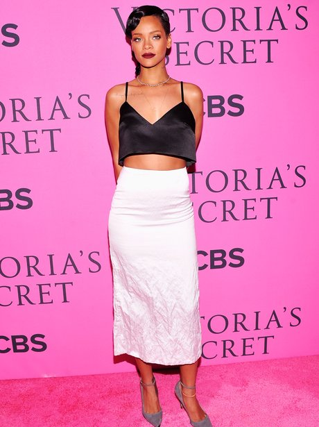Rihanna 2012 victoria's secret Fashion Show
