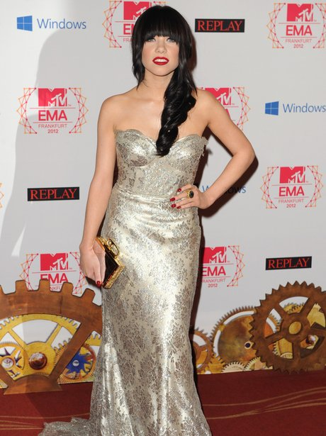 Carly Rae Jepsen wearing cream gown at MTV EMA 2012