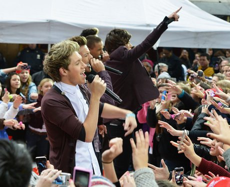 One Direction performs in New York