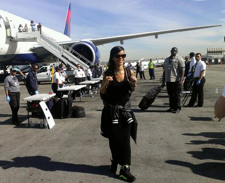 Rihanna by her plane on 777 world tour