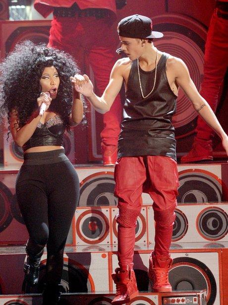 Nicki Minaj and Justin Bieber at the AMAs 2012