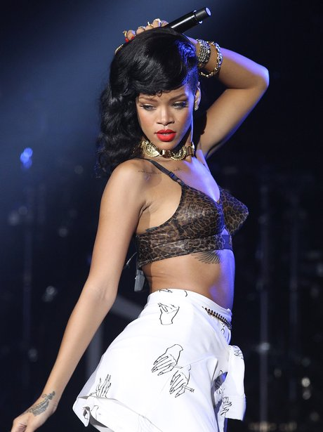 Rihanna performs in London on '777' tour