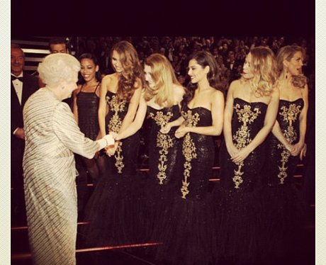 Girls Aloud meet the queen in Lonodn