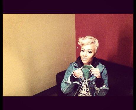 Emeli Sande drinking lemon and ginger
