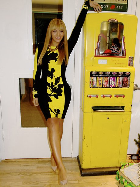Beyonce playing on a pinball machine