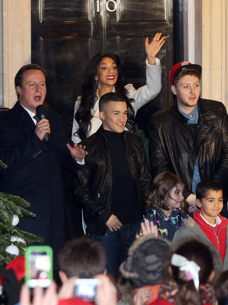 Nicole Scherzinger turning on christmas lights