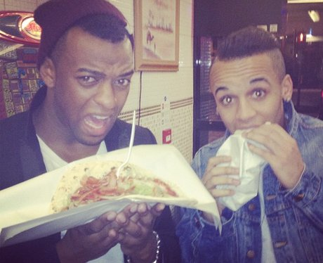 Oritse and Aston Merrygold eating a kebab