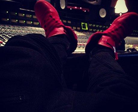 Justin Bieber in the recording studio