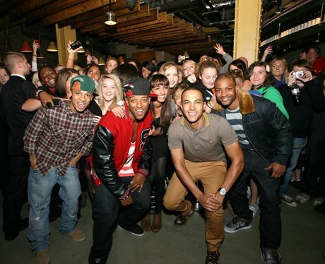 jls pose with their fans