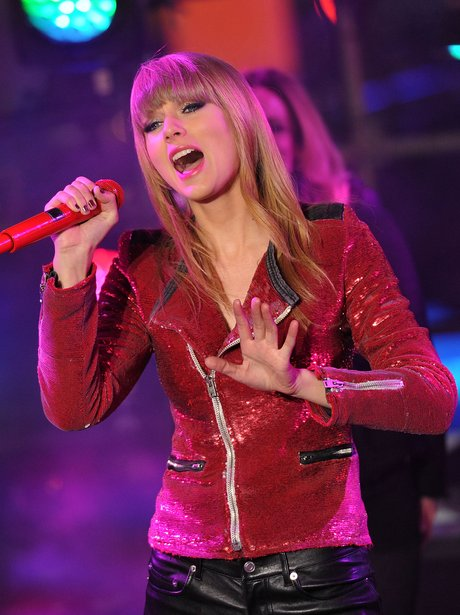 Taylor Swift performs during New Year Eve in New York