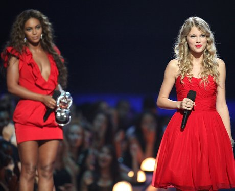 Taylor Swift speaks onstage after Beyonce allowed her to finish her speech