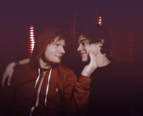 Ed Sheeran and Harry Styles pose together