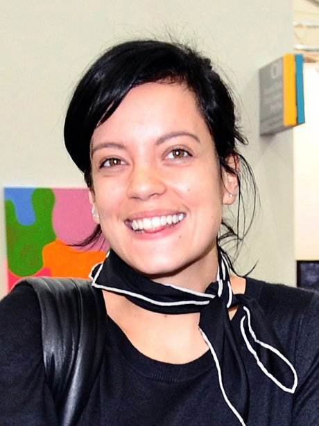 Lily Allen not wearing make-up