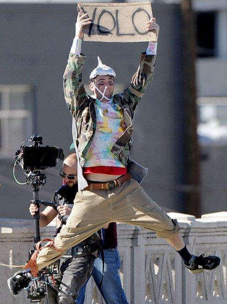 Adam Levine filming new video