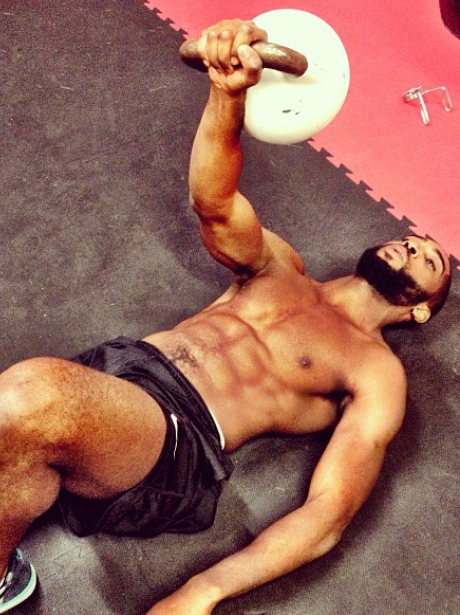 tinie tempah topless working out