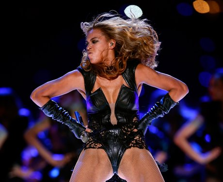 Beyonce puts her hands on her hips at Super Bowl 2013
