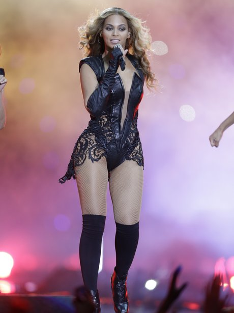 Beyonce sings 'Baby Boy' at US Super Bowl