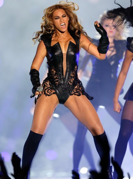 Beyonce performs in black lace outfit at the Super Bowl 2013