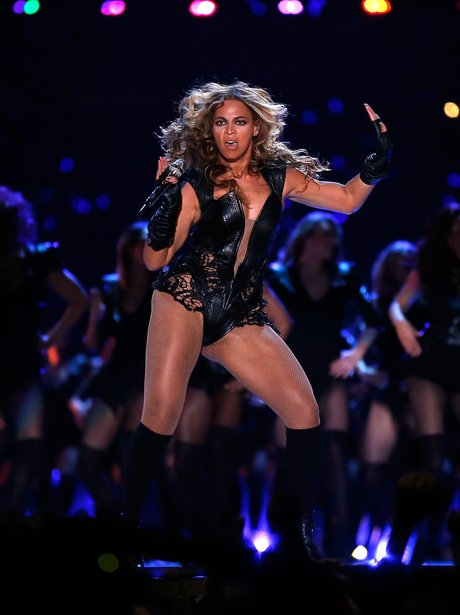 Beyonce dances on stage at the Super Bowl 2013