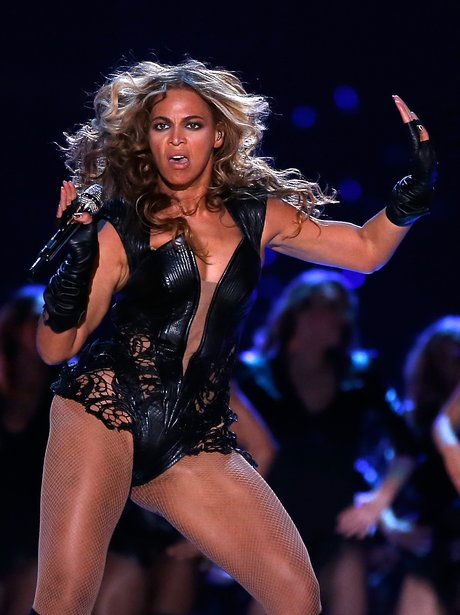 Beyonce S 25 Best Moments And Faces From The Super Bowl