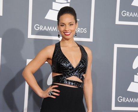 Alicia Keys arrives at the Grammy Awards 2013