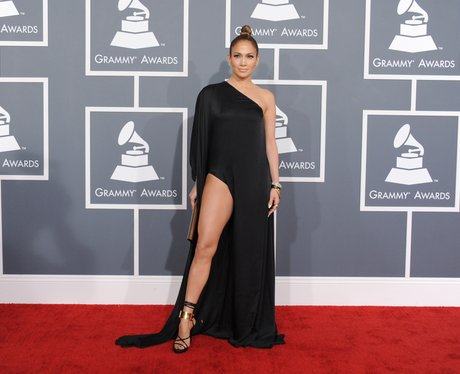 Jennifer Lopez arrives at the Grammy Awards 2013