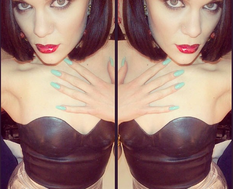 Jessie J shares a new selfie with her fans