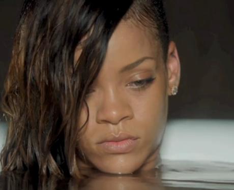 Rihanna- 'Stay' Video